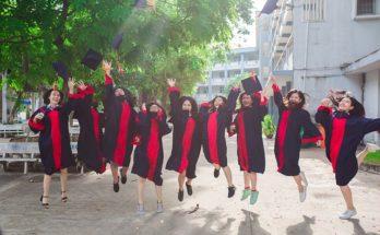 lulus kuliah